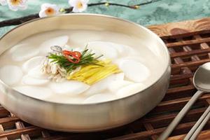 Những món ăn không thế thiếu vào dịp tết của người Hàn