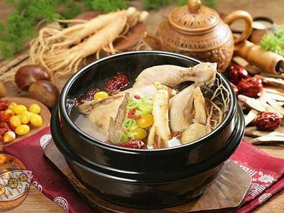 Ăn gà hầm sâm vào ngày nóng nhất trong năm