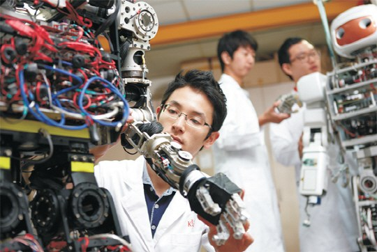 Ưu nhược điểm của xuất khẩu lao động Hàn Quốc