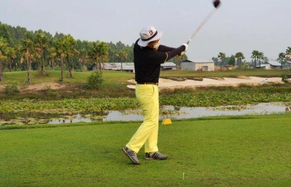 """Giới nhà giàu Hàn Quốc mạnh tay chi hơn 2.000 USD cho dịch vụ """"cách ly chơi golf"""""""