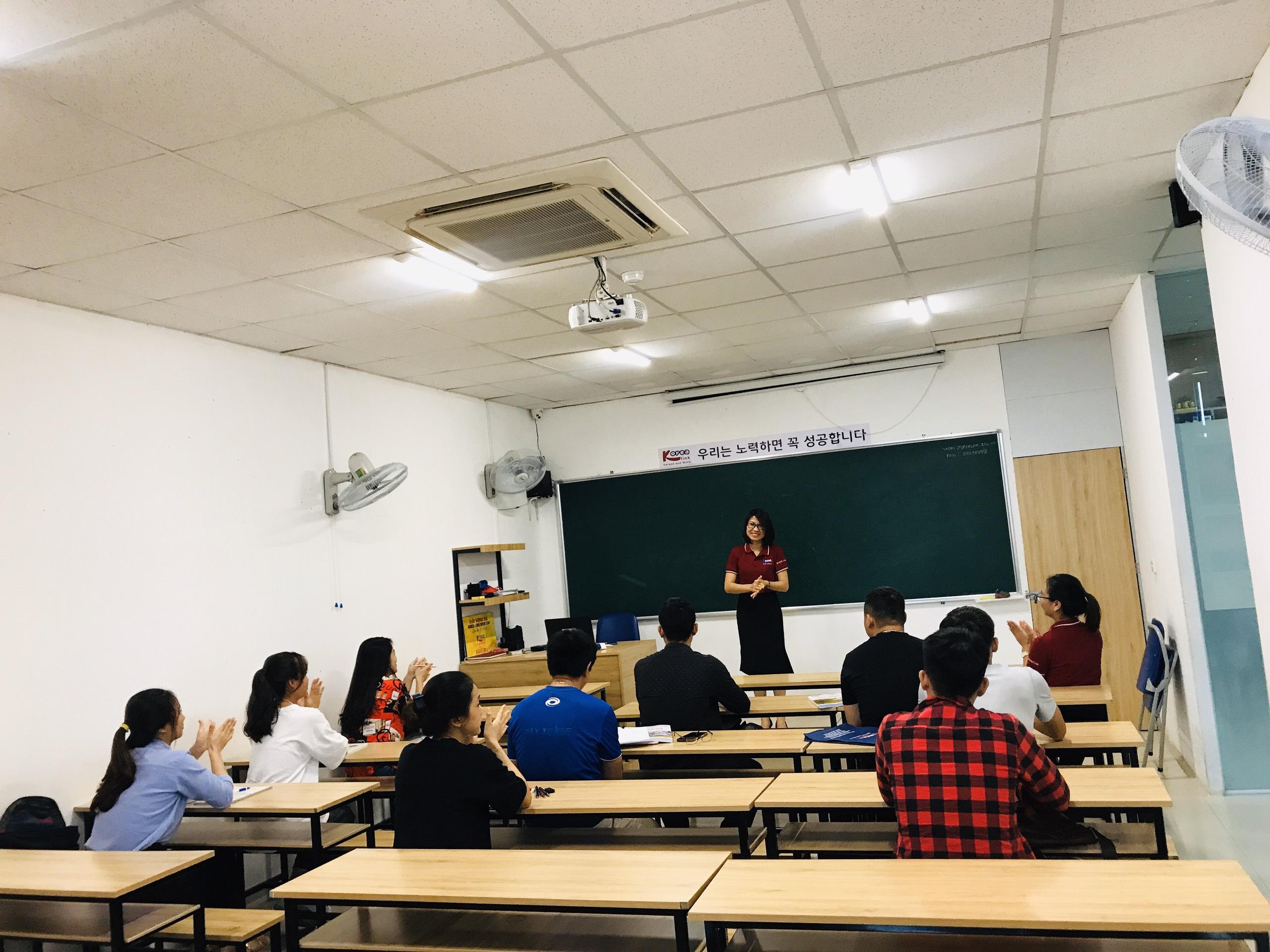 Khai giảng khóa học tiếng Hàn ngày 21/09/2020